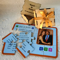 Bridal Favours : Full-colour Puzzle Invitation in Wooden Box